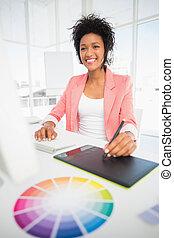 gráficos, hembra, casual, utilizar, redactor, tableta, foto