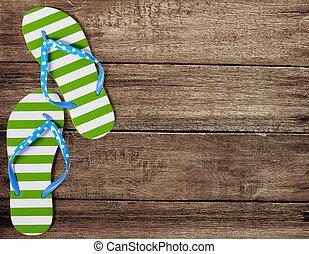 grön, flip fiasko, sandals, på, gammal, trä plankor