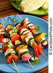 grönsak, steknålar, tofu