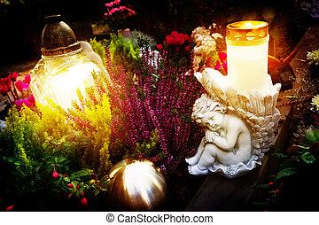 grab, dekoration, in, herbst, mit, engel, und, grab, kerzen