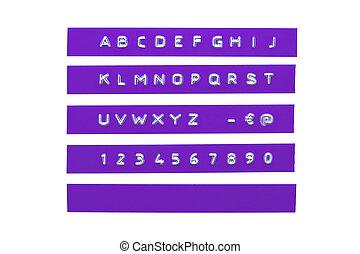 graba relieve, alfabeto, en, violeta, plástico, cinta, aislado, blanco