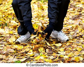 Grabbing leaves