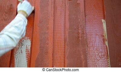 gradually red paint