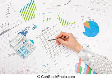 grafici, maschio, finanziario, tabelle, mano