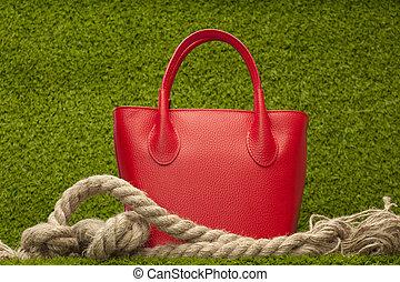 grama verde, bolsa, vermelho
