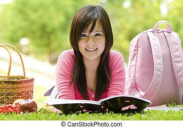gramado, tiro, estudar, asiático, estudante, campus