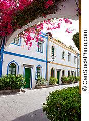 Gran canaria Puerto de Mogan white houses