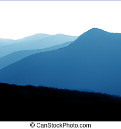 gran montañas llenas humo parque nacional