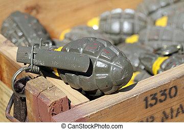 granata, mano