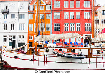 grand bateau, copenhague, nyhavn