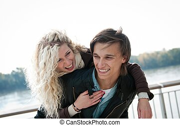 grand, couple, -, jeune, ensemble, temps