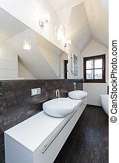 Grand design - bathroom counter