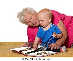 grand-mère, bébé, livre, lecture