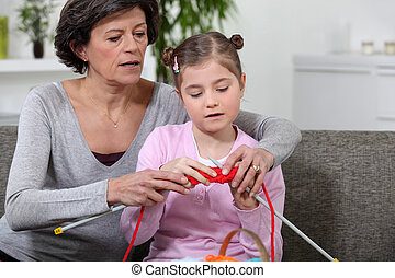 grand-mère, comment, petite-fille, tricotter, enseignement