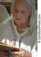 grand-mère, grand, lecture
