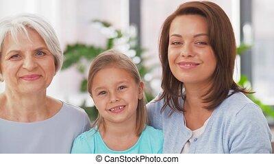 grand-mère, mère, fille, portrait