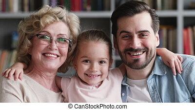 grand-mère, peu, générations, famille, adulte, père, fille, ...