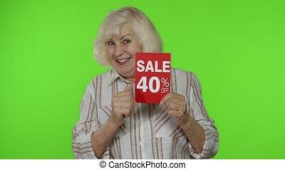 grand-mère, shopping., advertisement., vendredi, noir, ligne, projection, vente, bannière, personne agee, fermé, 40, cent