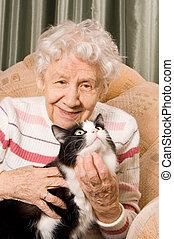 grand-mère, sofa, chat