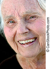 grand-mère, sourire, grand