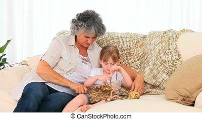 grand-mère, tricot, grandiose, elle