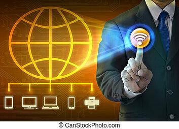 grand plan, homme affaires, toucher, sur, média, écran