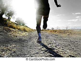 grand plan, jambes, et, pieds, de, extrême, pays colère, équipez course, et, formation, sur, rural, piste, jogging, à, coucher soleil
