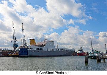 grand, rotterdam, cargoship, port