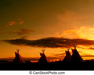 grand, teepee, coucher soleil