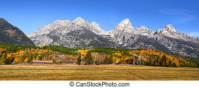 Scenic landscape of Grand tetons national park in Autumn time
