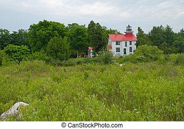 Grand Traverse Lighthouse, Michigan - Grand Traverse...