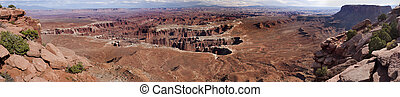 Grand View Point Overlook, Island in the Sky at Canyonlands National Park near Moab, Utah, USA.