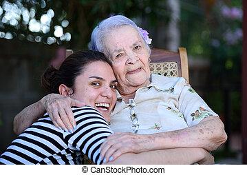 grandaughter, mosolygós, nagyanyó
