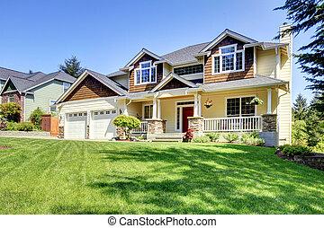 grande, americano, bello, casa, con, rosso, door.