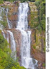 grande, cascata, montagne