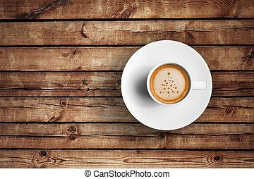 grande, italiano, espresso, café, em, um, xícara branca, ligado, madeira, tabela, com, espuma, árvore, natal, forma