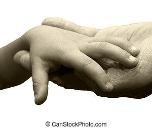 grande, mano pequeña