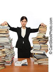 grande, ragazza, libri, due, mucchi