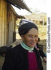 """Grandma Black Dao """"Tien"""""""