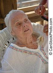 grandma's, cheveux brossage, grand