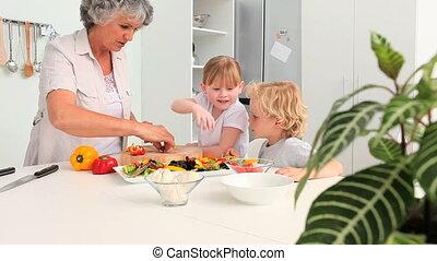 grandmo, enfants, cuisine, leur