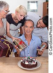 grandpa's, 생일