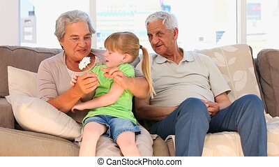 grands-parents, petite-fille, elle
