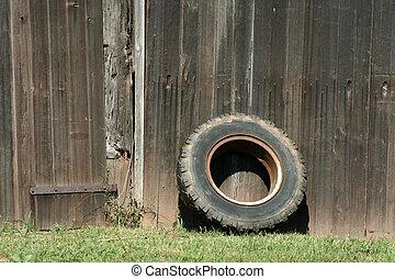 granero, viejo, neumático, propensión