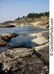 Ladoga - granite coastline og russian lake Ladoga