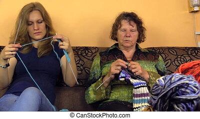 granny girl knit yarn
