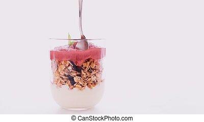 granola, fait maison, fraise, argent, confiture, nourriture, petit déjeuner, cuillère, parfait, menthe