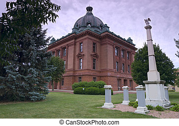 Grant County Courthouse and Memorials - Grant County...