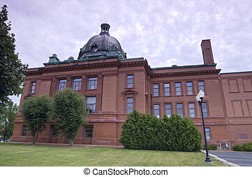 Grant County Courthouse in Lancaster - Grant County...