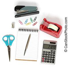 grapadora, calculadora, pegajoso, pluma, cuaderno, cinta, tijeras